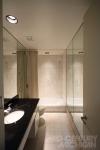Gunnar Birkerts - Freeman House - Bathroom 01